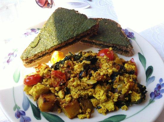 Puree Cafe: Breakfast scrambler