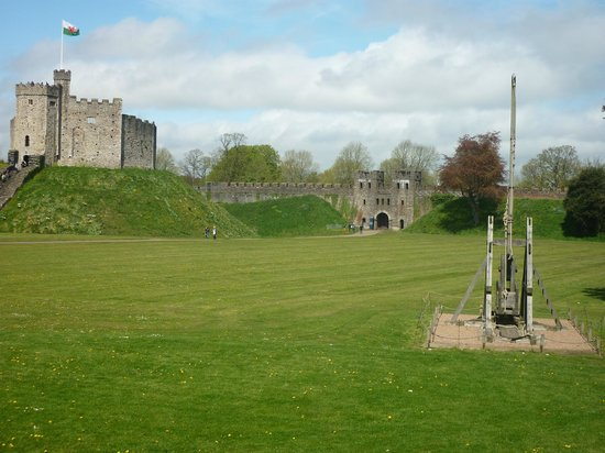 Cardiff Castle Picture Of Cardiff Castle Cardiff