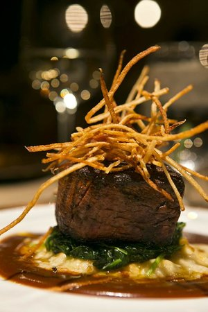 Ten Mile Station: A steak at Starlight Dinners