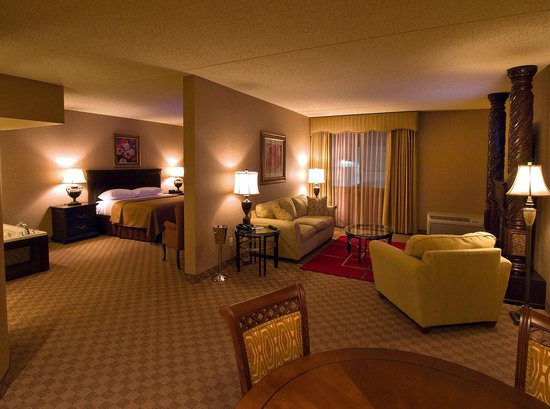 The Awesome Bed Picture Of Salvatore S Grand Hotel Williamsville Tripadvisor