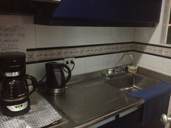 Zohar Hostel: La cocina lista para ser usada