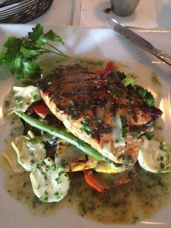 H Restaurant: salmon