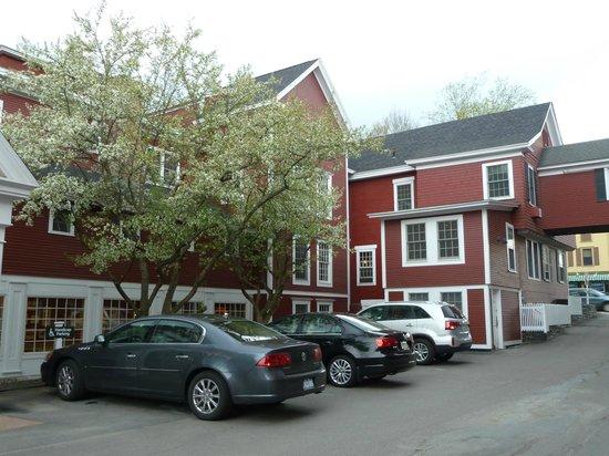 Green Mountain Inn: Side Entrance