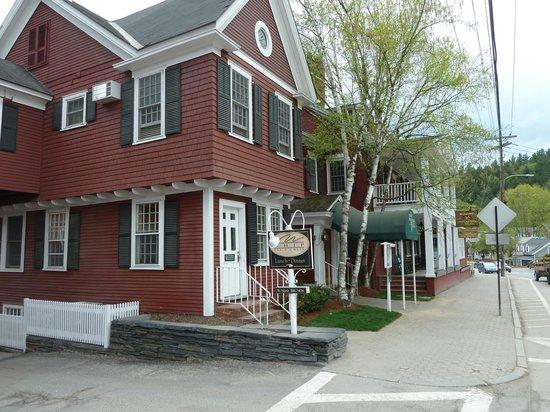 Green Mountain Inn: Entrance from Main Street