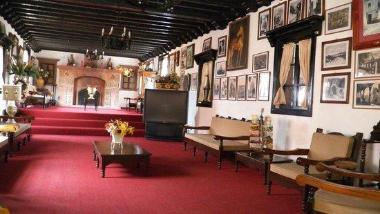 Hotel Posada de las Monjas: Hotel lobby