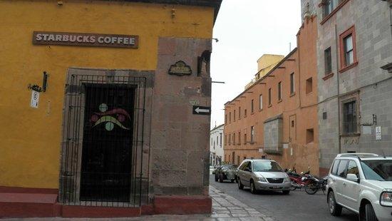 Hotel Posada de las Monjas: Cerca del hotel