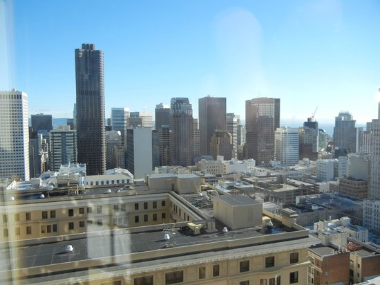 InterContinental Mark Hopkins San Francisco: View from our room 1023