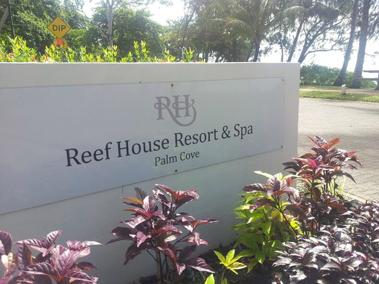 The Reef House Palm Cove - MGallery Collection : Resort enterance