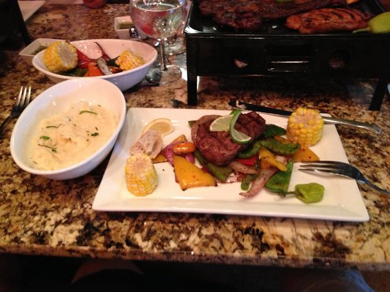Tango Argentinian Steakhouse: My filet mignon (6 oz) with mashed potatoes and grilled vegetables