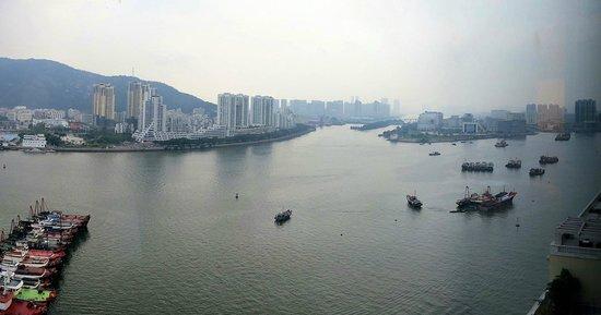 Sofitel Macau At Ponte 16: River view from room