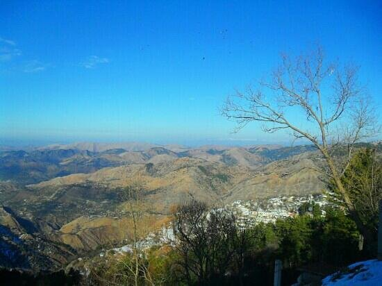 New Murree, Пакистан: view from chairlift
