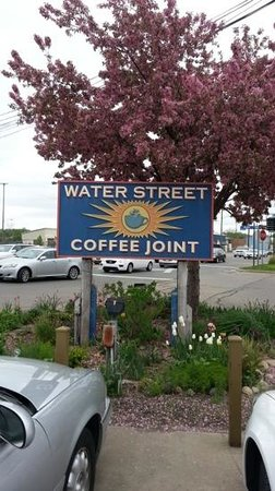 Water Street Coffee Joint: Parking lot view