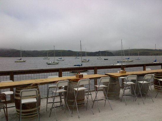 The Marshall Store: Eating over Tomales Bay
