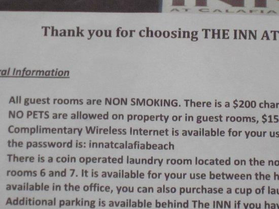 Inn at Calafia Beach : No smoking! No Pets! Both lies!