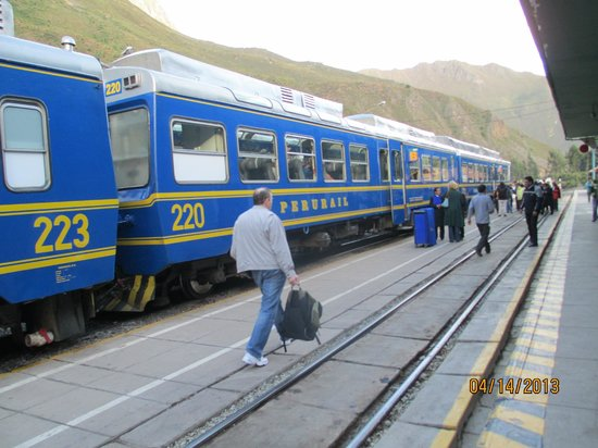 SAUCE Hostal : Train to MP expensive. Round trip Ollanta-MP and back $130 (for 1.5h ride) per person.