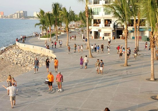 Пуэрто-Вальярта, Мексика: Boardwalk (c/o Visit Puerto Vallarta)
