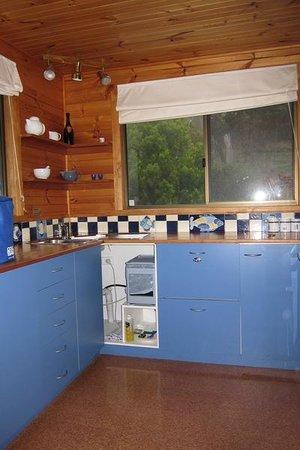 Bruny Island Explorers Cottages: Kitchen