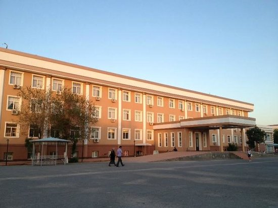 Nukus, Usbekistan: Don't get cheated by the external apperance