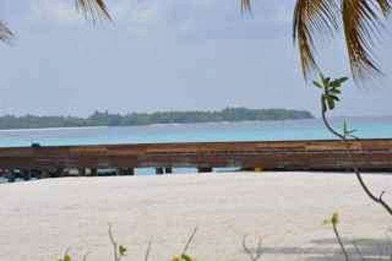 Kuda Funafaru Resort and Spa: Beach photo