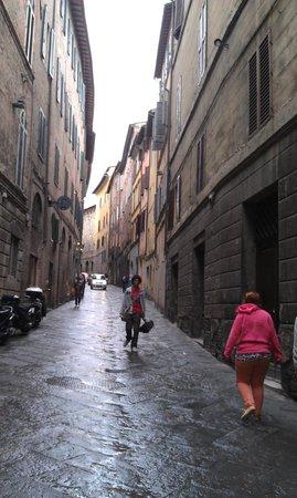 B&B Siena in Centro: Street Scene