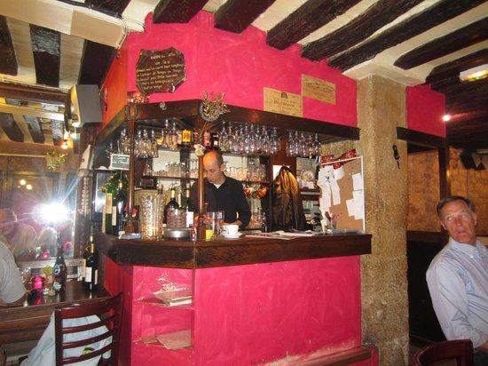 Au Beaujolais: Malko Le Chet at the bar
