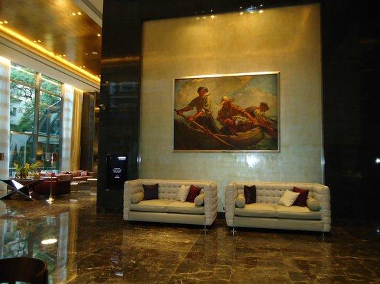 Alvear Art Hotel: arte en el lobby