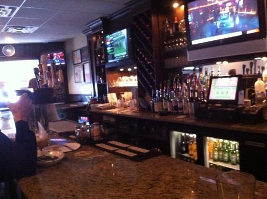 Denino's Pizzeria & Tavern: The bar at Denino's
