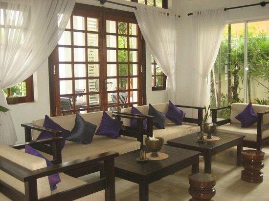 أبسارا سنتربول هوتل: lounge