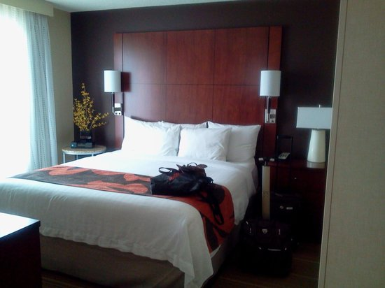 Residence Inn Calgary Airport: lovely