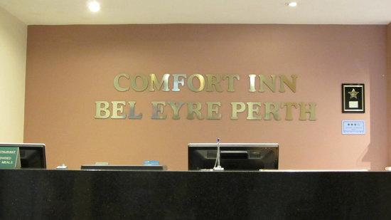 Comfort Inn Bel Eyre Perth: Reception sign
