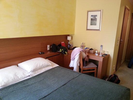Hotel Bern: room 213
