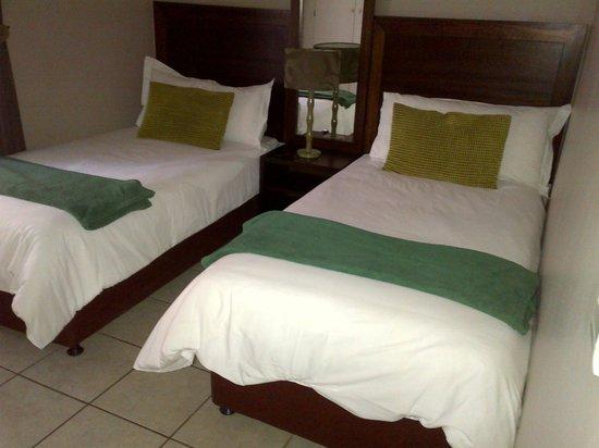 Hotel@Tzaneen: Bedroom 2