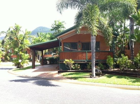 Cairns Coconut Holiday Resort: Our home away from home - Spa Villa 16 :-)