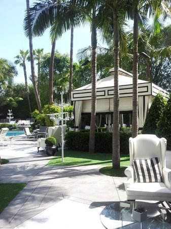Viceroy Santa Monica: Pool area