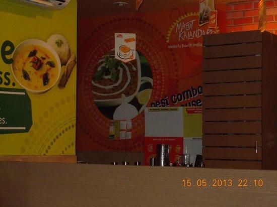 Mast Kalandar Koramangala: interiors..