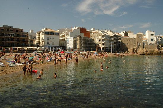 L'Escala, España: La Platja