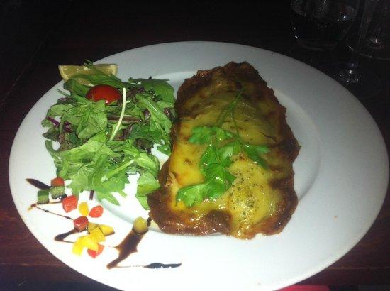 Pinocchio Italian restaurant & Wine bar: Seabass dish