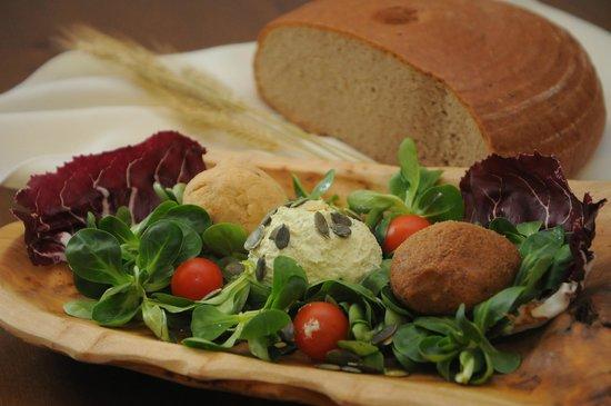 Mackovci, Eslovenia: Slovenian Dishes Traditional Style