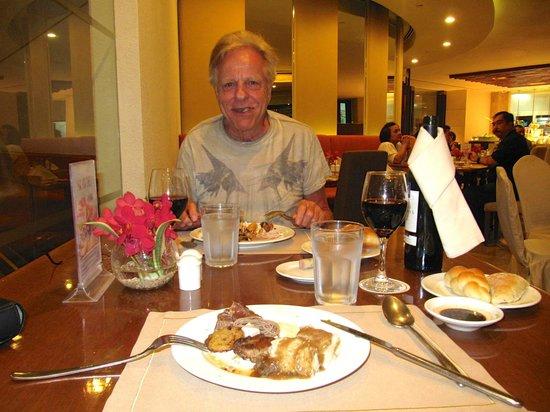 โรงแรมมาร์โค โปโล ดาเวา: Wohlfühlen am Tisch