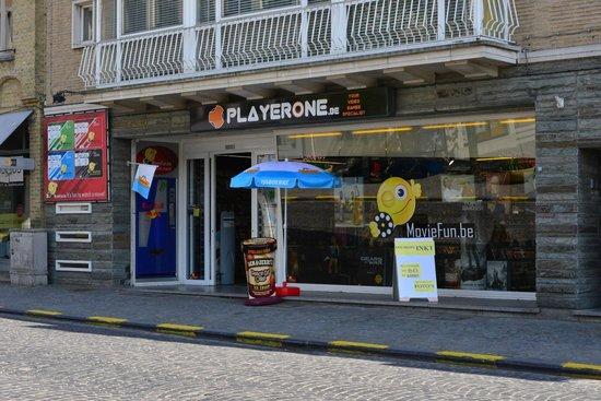Dsm Keukens Open Op Zondag : winkel open op zondag Foto van Diksmuide, West