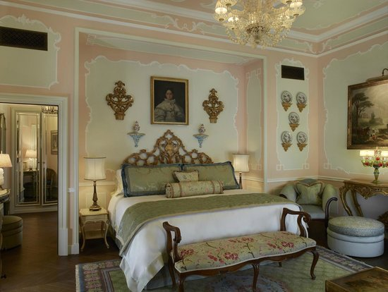 The Gritti Palace, A Luxury Collection Hotel : The Pisani Palazzo Canal Suite