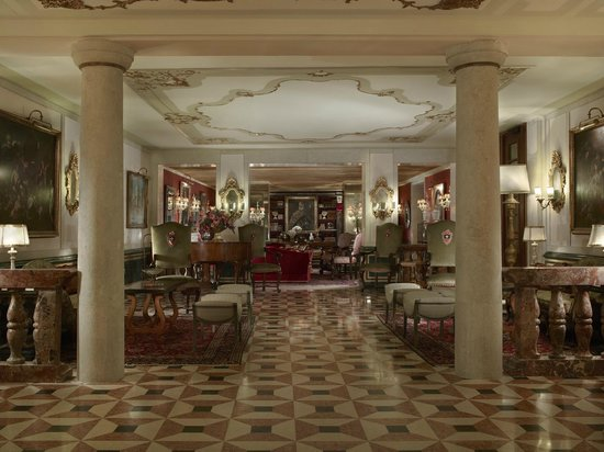 The Gritti Palace, A Luxury Collection Hotel : Grand Canal Entrance Hall