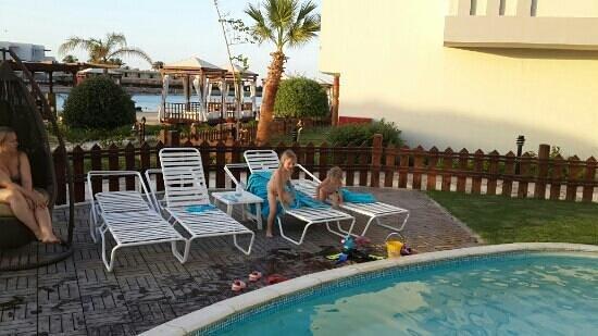 SUNRISE Grand Select Crystal Bay Resort: Частный бассейн