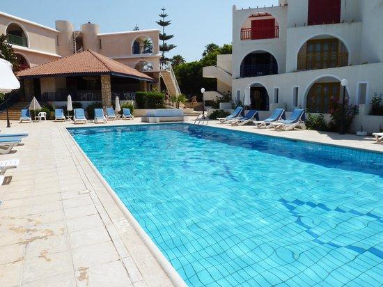 Pandream Hotel Apartments: Pandream Pool Area