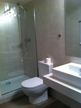 Gicat Grup Apartamentos Turísticos : Bathroom