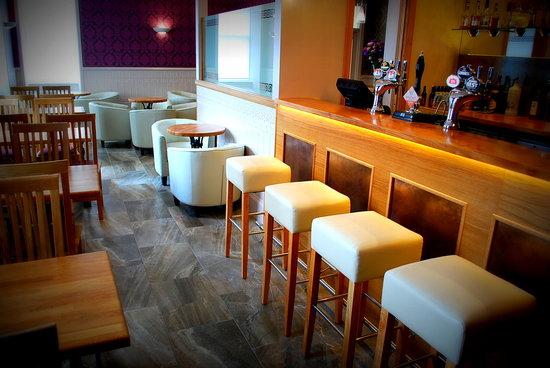 The Aberlour Hotel: Lounge Bar
