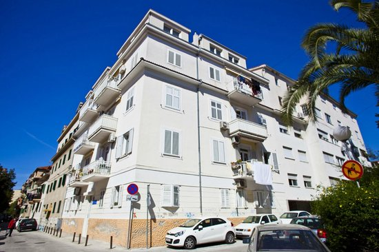 Split Apartments Peric*** (65695395)