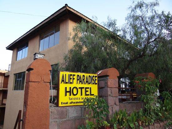 Alef Paradise Hotel: Exterior of hotel
