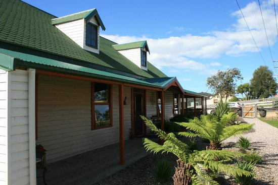 Goulds Country Guest House: house