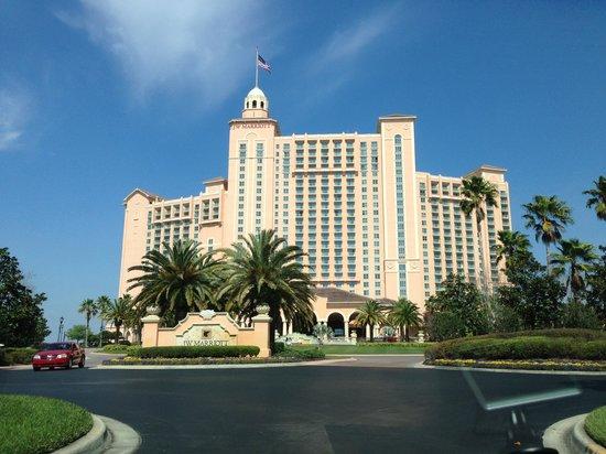 JW Marriott Orlando, Grande Lakes: Entering the property